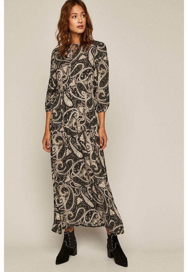 Czarna sukienka medicine rozkloszowana, maxi, z długim rękawem, casualowa