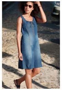 Sukienka dżinsowa w fasonie o linii litery A bonprix niebieski. Kolor: niebieski