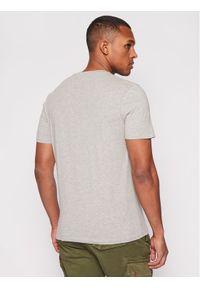 Wrangler T-Shirt Americana W7AGD3X37 Szary Regular Fit. Kolor: szary