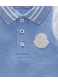 MONCLER KIDS - Niebieska koszulka polo 0-3 lat. Typ kołnierza: polo. Kolor: niebieski. Materiał: bawełna. Długość rękawa: długi rękaw. Długość: długie. Sezon: lato. Styl: klasyczny