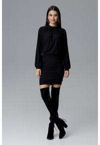 e-margeritka - Dopasowana sukienka z szerokim rękawem czarna - xl. Typ kołnierza: kołnierzyk stójkowy. Kolor: czarny. Materiał: poliester, materiał, elastan. Typ sukienki: dopasowane. Długość: mini