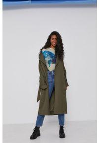 Desigual - Sweter. Materiał: dzianina. Długość rękawa: długi rękaw. Długość: długie