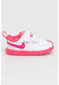 Białe buty sportowe Nike Kids z okrągłym noskiem, z cholewką, na rzepy