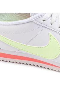 Białe półbuty Nike casualowe, na co dzień, z cholewką