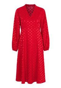 Czerwona sukienka Cellbes elegancka, z dekoltem w serek