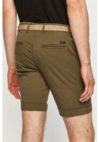 PRODUKT by Jack & Jones - Produkt by Jack & Jones - Szorty. Okazja: na co dzień. Kolor: zielony. Materiał: tkanina. Wzór: gładki. Styl: casual