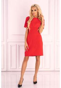 Merribel - Malinowa Koktajlowa Sukienka z Dekoltem na Plecach. Kolor: różowy. Materiał: poliester, elastan. Styl: wizytowy