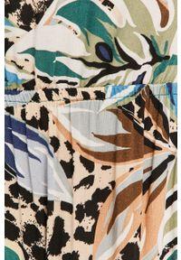 Wielokolorowa sukienka Answear Lab prosta, casualowa, z dekoltem typu hiszpanka, midi