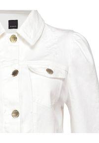Pinko - PINKO - Biała kurtka jeansowa Betty 1. Typ kołnierza: kołnierzyk klasyczny. Kolor: biały. Materiał: jeans. Długość rękawa: długi rękaw. Długość: długie. Sezon: wiosna, lato. Styl: klasyczny