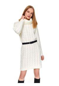 Biała tunika TOP SECRET na zimę, z golfem, w kolorowe wzory