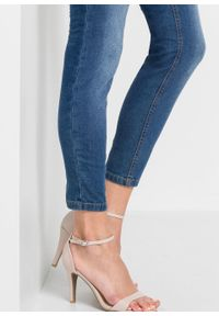 """Dżinsy Super SKINNY, krótsze nogawki bonprix niebieski """"stone"""". Kolor: niebieski. Długość: krótkie"""
