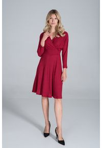 Figl - Sukienka z Kopertowym Dekoltem z Prążkowanej Dzianiny - Czerwona. Kolor: czerwony. Materiał: dzianina, prążkowany. Typ sukienki: kopertowe