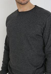 Born2be - Ciemnoszary Sweter Z Wełną Appesilea. Kolor: szary. Materiał: wełna. Styl: klasyczny