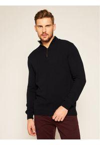 Niebieski sweter klasyczny Oscar Jacobson