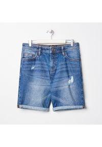 Sinsay - Szorty jeansowe - Granatowy. Kolor: niebieski. Materiał: jeans