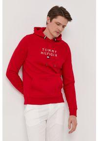 TOMMY HILFIGER - Tommy Hilfiger - Bluza. Okazja: na co dzień. Kolor: czerwony. Wzór: aplikacja. Styl: casual