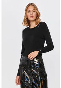Czarny sweter Guess Jeans z okrągłym kołnierzem, długi, z długim rękawem