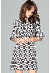 Lenitif - Trapezowa sukienka w modne geometryczne wzory. Wzór: geometria. Typ sukienki: trapezowe. Styl: elegancki