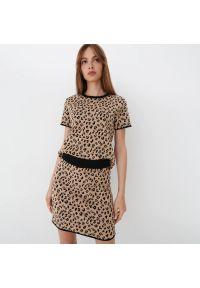 Mohito - Dzianinowa spódnica - Beżowy. Kolor: beżowy. Materiał: dzianina
