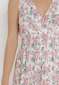 Born2be - Biała Sukienka Kainitty. Okazja: na co dzień. Kolor: biały. Materiał: bawełna. Wzór: kwiaty. Sezon: lato. Typ sukienki: proste. Styl: wizytowy, casual, retro. Długość: maxi