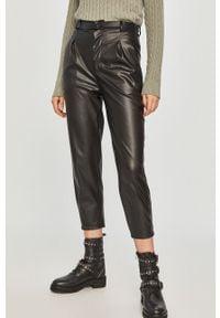 Czarne spodnie materiałowe Answear Lab z podwyższonym stanem, na co dzień, wakacyjne
