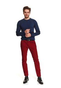 TOP SECRET - Sweter z przeplotami. Kolor: niebieski. Materiał: materiał. Długość: długie. Wzór: gładki. Sezon: zima