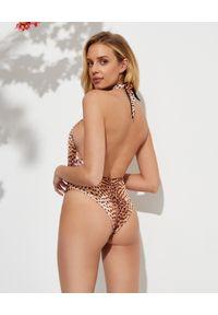 REINA OLGA - Strój kąpielowy w panterkę. Stan: podwyższony. Kolor: brązowy. Materiał: materiał. Wzór: motyw zwierzęcy