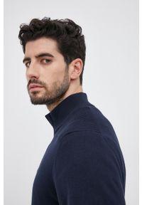 BOSS - Boss - Sweter z domieszką wełny. Okazja: na co dzień. Kolor: niebieski. Materiał: wełna. Długość rękawa: długi rękaw. Długość: krótkie. Styl: casual