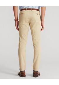 Ralph Lauren - RALPH LAUREN - Beżowe spodnie Chino Slim. Okazja: na co dzień. Kolor: beżowy. Materiał: materiał, bawełna, elastan. Wzór: aplikacja. Styl: casual, klasyczny, elegancki