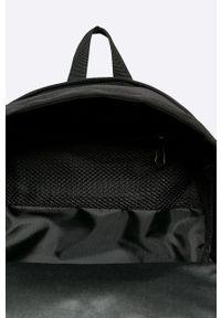 Eastpak - Plecak. Kolor: czarny. Wzór: paski
