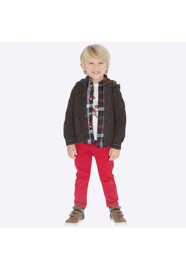 Czerwone jeansy Mayoral