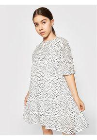 Mayoral Sukienka codzienna 6926 Biały Regular Fit. Okazja: na co dzień. Kolor: biały. Typ sukienki: proste. Styl: casual