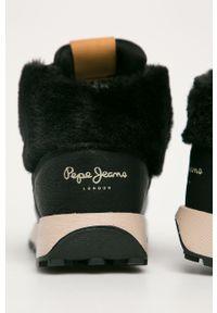 Czarne buty sportowe Pepe Jeans na sznurówki, z okrągłym noskiem, z cholewką