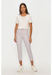 Niebieski jeansy loose fit ANSWEAR wakacyjny