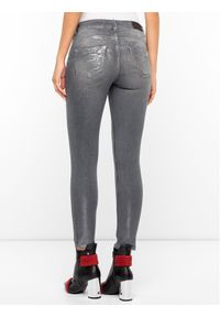 Szare jeansy slim Silvian Heach