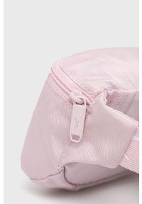 Reebok - Nerka. Kolor: różowy. Materiał: poliester