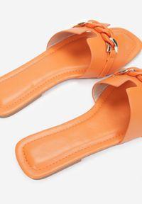 Renee - Pomarańczowe Klapki Gathenis. Kolor: pomarańczowy