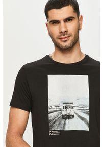 Czarny t-shirt s.Oliver na co dzień, z nadrukiem, casualowy