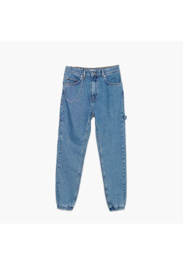 Cropp - Jeansowe joggery z łańcuchem - Niebieski. Kolor: niebieski