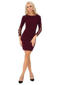 Merribel - Śliwkowa Ołówkowa Mini Sukienka z Dekoracyjną Aplikacją na Rękawach. Materiał: poliester. Wzór: aplikacja. Typ sukienki: ołówkowe. Długość: mini