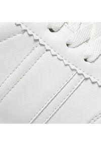 Tamaris - Sneakersy TAMARIS - 1-23737-26 White Uni 146. Okazja: na co dzień, na spacer. Kolor: biały. Materiał: skóra ekologiczna, materiał. Szerokość cholewki: normalna. Sezon: lato. Styl: casual