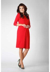 Czerwona sukienka Nommo elegancka, prosta