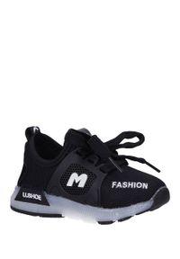Casu - czarne buty sportowe sznurowane casu 332. Kolor: czarny