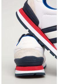 Białe sneakersy Tommy Jeans na sznurówki, z okrągłym noskiem, z cholewką