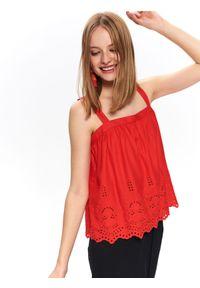 Czerwona bluzka TOP SECRET na ramiączkach, w ażurowe wzory, na lato