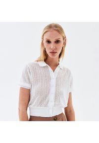 Biała bluzka Reserved w ażurowe wzory