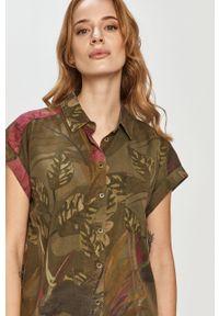 Oliwkowa koszula Desigual na co dzień, klasyczna