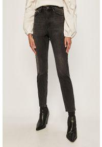 Czarne jeansy Vero Moda z podwyższonym stanem