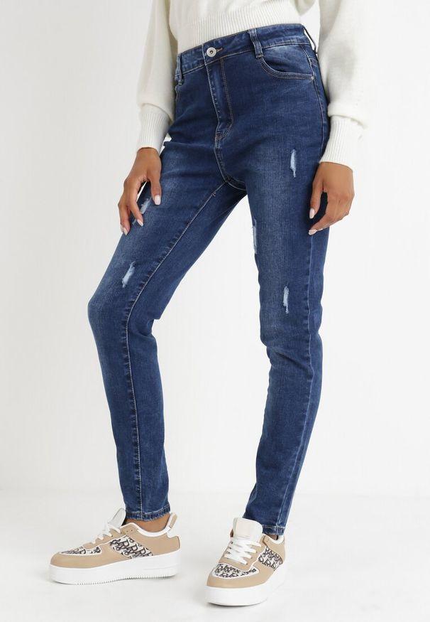 Born2be - Niebieskie Jeansy Slim Klelodia. Stan: podwyższony. Kolekcja: plus size. Kolor: niebieski. Długość: długie