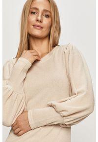 Kremowy sweter Jacqueline de Yong długi, casualowy